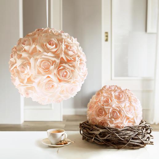 Rozenbol - Blijvend mooi: romantische rozenbol – lijkt net echt.