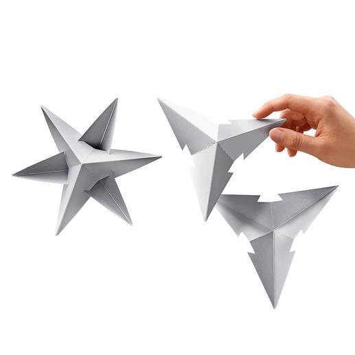 De sterren zijn gemakkelijk samen te voegen uit twee geprefabriceerde delenen kunnen vervolgens opgehangen worden.