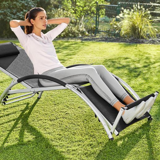 Multifunctionele 2-in-1-ligstoel Met deze geniale, veelzijdige stoel kunt u zowel heerlijk ontspannen als uw buikspieren trainen.