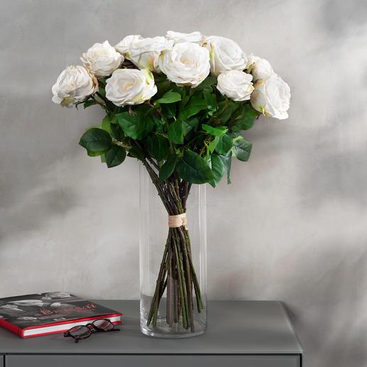Boeket rozen Avalanche Onvergankelijke schoonheid. Fascinerend natuurgetrouw - alsof het net nog door de bloemist is geschikt.
