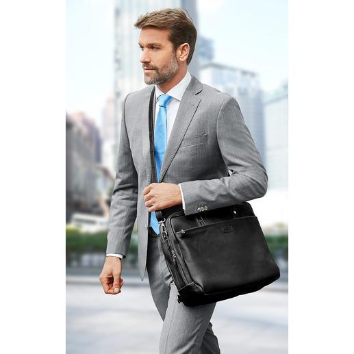 De tas is ook over de schouder te dragen– of diagonaal om te hangen.