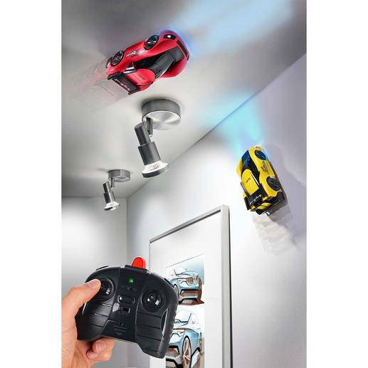 Climbing Race Car, set van 2 Spannende autoraces op de muur en het plafond.
