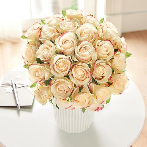Boeket rozen Geniet van onvergankelijke schoonheid. In een mooi kleurenspel van zachtgeel en roze.