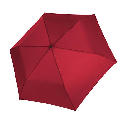 Waarschijnlijk de lichtste zakparaplu ter wereld. Waarschijnlijk de lichtste zakparaplu ter wereld.