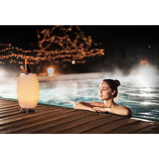 LED-luidsprekerlamp Synergy Pro - Sfeervol licht, vol 360°-geluid en koele drankjes – allemaal uit één cool designobject.