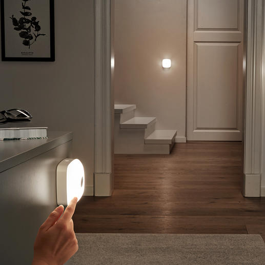 Smart-lights, set van 3 (1 basislamp, 2 extra lampen) Snoerloze ledverlichting, waar en hoe u het maar wilt. Met één druk op de knop in het hele huis te gebruiken.