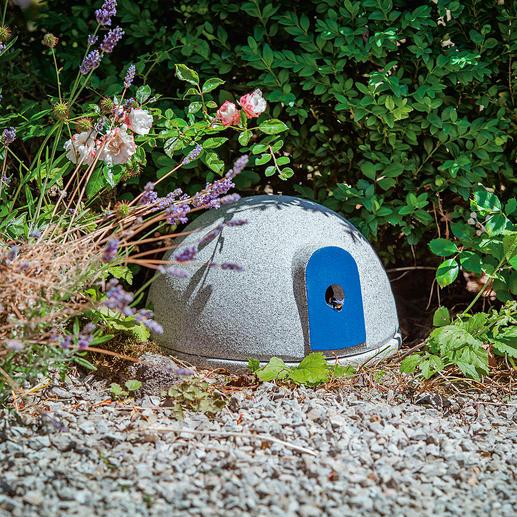 Granicium® hommelburcht Deze burcht biedt de nuttige hommel een veilige plek om een nest te maken. Van Granicium®-keramiek.