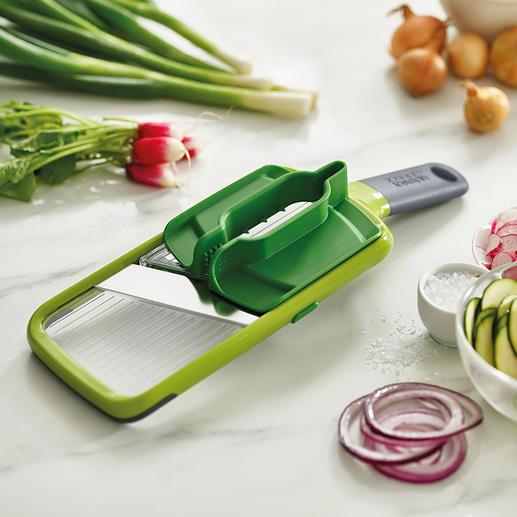Joseph Joseph Multi-Grip Mandoline™ Veiliger in plakjes snijden: dankzij de multi-greep voor groenten en fruit van vrijwel elk formaat.