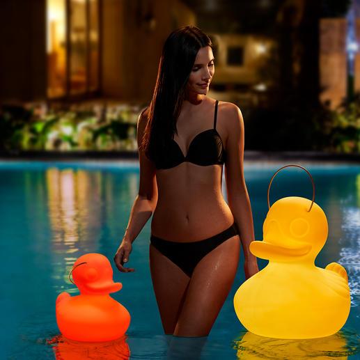 The Duck Duck Lamp™ Leuk voor wie dol is op eenden, voor binnen, buiten, bij de vijver en in het zwembad. Werkt op een accu en zorgt voor een fascinerend lichtspel.