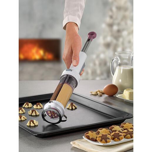 Koekjespers met 2reservoirs Koekjes met 2 kleuren: u maakt ze gemakkelijk met één klik. Van Betty Bossi, de Zwitserse specialist op het gebied van koken en bakken.