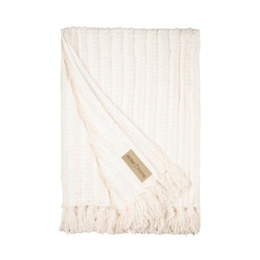 Gebreide deken van chenille en imitatiebont Waarschijnlijk de zachtste deken om lekker onder weg te kruipen.