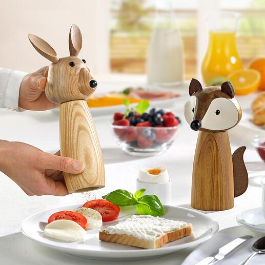 Kruidenmolen haas en vos Kruidenmolens in een grappige uitvoering. Mooie blikvangers op de eettafel. Leuk als decoratieve figuren op een plank in de keuken of op het aanrecht.