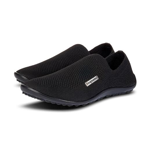 Barefoot leguano®instappers Net zo gezond en ontspannend als blootsvoets lopen: heerlijk lichte stretch-instapper van leguano®. Voor dames en heren. Handgemaakt in Duitsland.