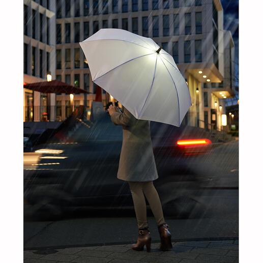 Paraplu met ledverlichting Paraplu met ledverlichting: om beter te zien en gezien te worden in het donker.