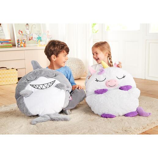 Speel- en knuffelslaapzak Eenhoorn of Haai Spelen, knuffelen en slapen: van knuffeldier naar comfortabele slaapzak in een handomdraai.