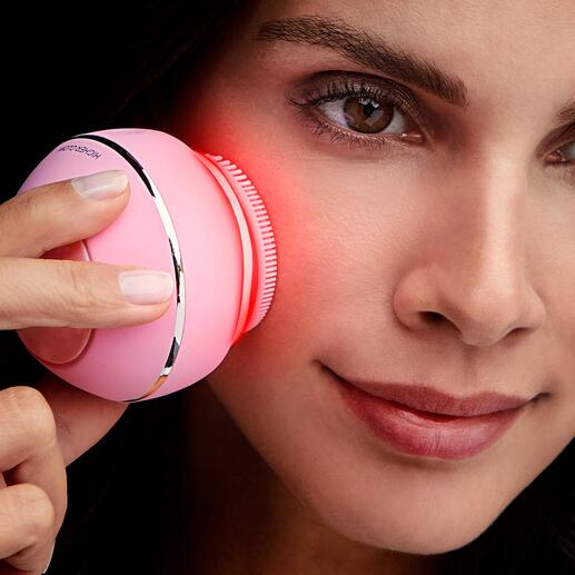 Gezichtsborstel HigherGlow 3 effectieve schoonheidsbehandelingen met één geniale tool. Helemaal afgestemd op uw huidtype. Gewoon thuis.
