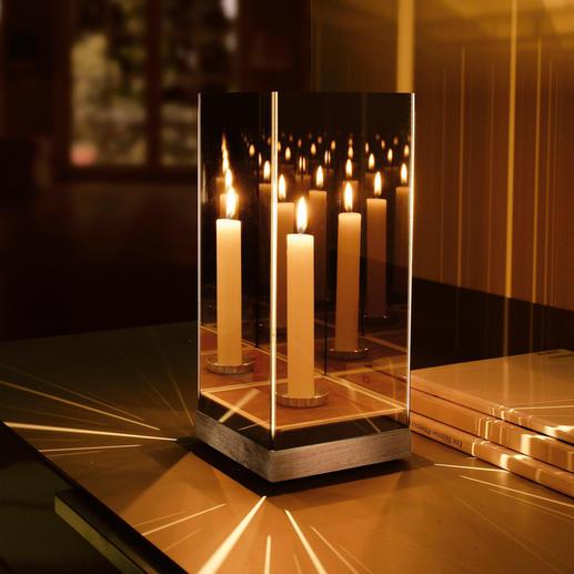 Geheimzinnig spiegellicht Dit elegante spiegelobject verandert in een geheimzinnige zee van licht.