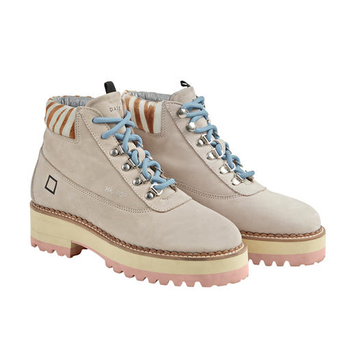 Trendy hiking boots – maar dan zo licht als sneakers. Trendy hiking boots – maar dan zo licht als sneakers. Van het populaire Italiaanse merk D.A.T.E.
