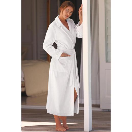 Féraud couturebadjas - Elegant, vrouwelijk – en toch net zo behaaglijk als een normale badjas.
