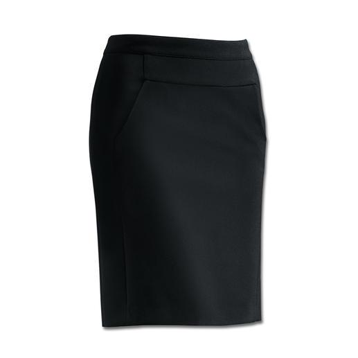 Precies de goede vorm bij sportieve, platte laarzen en elegante hoge hakken. Deze comfortabele rok past bij elke stijl en elke gelegenheid.