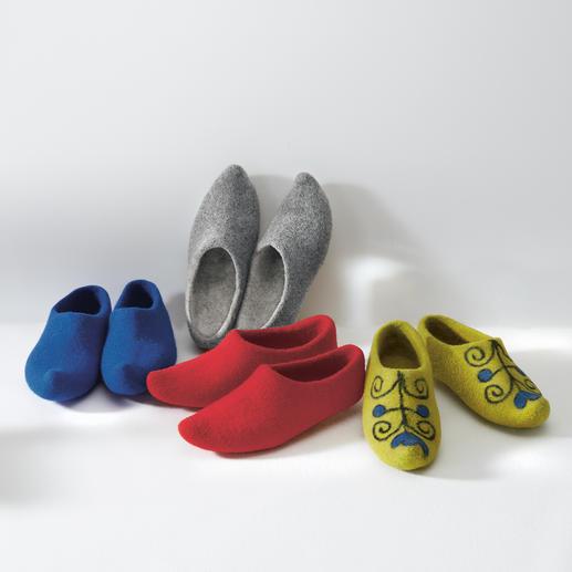 Kirgizische vilten pantoffel, dames en heren Authentiek design zonder randen en naden. Uniek handwerk volgens een oude traditie.