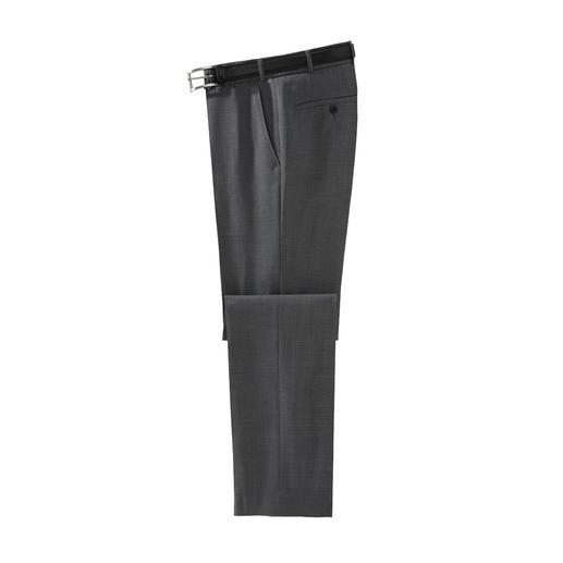 Wasbare scheerwollen broek van Hoal De ideale businessbroek voor de zomer. Van fijne super 110 scheerwol. Koel, comfortabel en zelfs wasbaar.