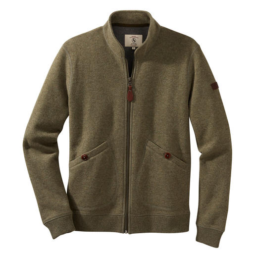 Aigle Thermotech®-vest Buiten klassiek-elegante tricotage. Binnen lichte, prettig verwarmende Thermotech®-fleece.