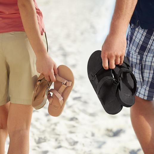 Teva® platte damesschoenen Van trekking-schoen tot chique, platte trend-schoen van leer. Draag het origineel met voetcomfort.