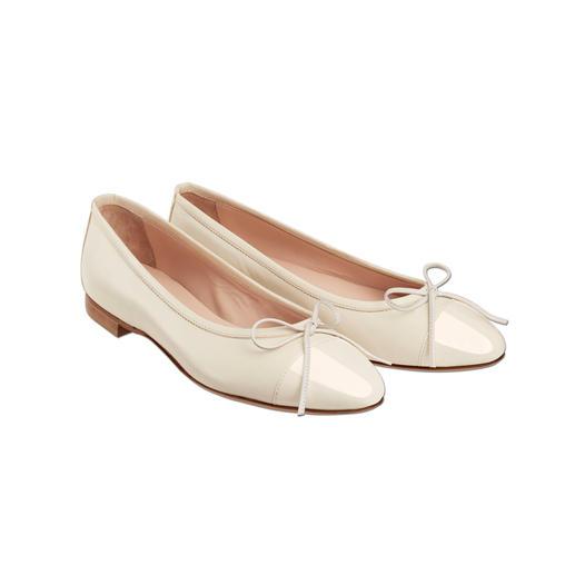 Casanova ballerina's Een elegante manier om op platte schoenen te lopen. Sensationeel comfortabel en elegant.