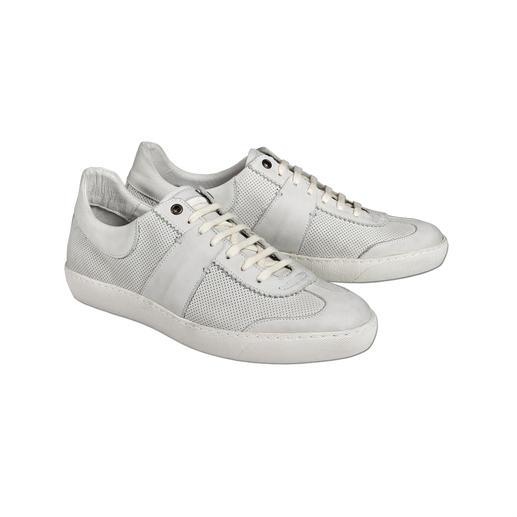 Coque Terra retro-sneakers De verzorgde versie van trendy sneakers in retro-look. Geheel uitgevoerd in leer, met doorgestikte zool.