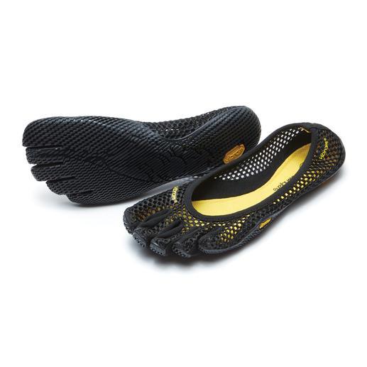 FiveFingers®-schoenen Net zo gezond en ontspannen als lopen op blote voeten, maar zonder kans op verwondingen of vieze voeten.