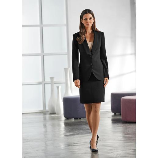 Easywear-blazer, -rok, of -pantalon Prettig ongecompliceerd en toch een klassiek business-kostuum. Veelzijdig te combineren, kreukarm en zelfs wasbaar.