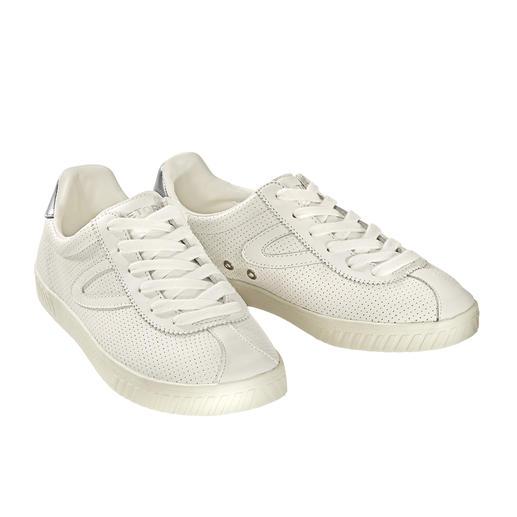 Tretorn leren damessneakers 'Clean Chic' Voor witte leren sneakers is de specialist het aangewezen adres. Tretorn, Zweden, sedert 1891.
