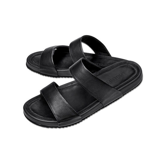 Lagerfeld sandalen van kalfsleer - De smaakvolle manier om sandalen te dragen. Subtiel Lagerfeld-design. Eenvoudig zwart. Luxueus kalfsleer.