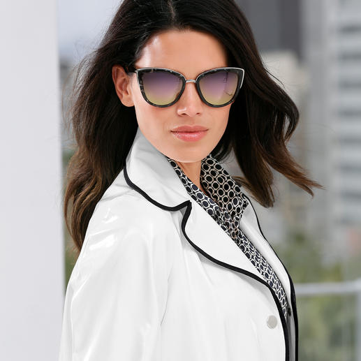 De populairste zonnebrillen komen tegenwoordig uit Australië. De populairste zonnebrillen komen tegenwoordig uit Australië. Van het trendlabel Quay Australia.