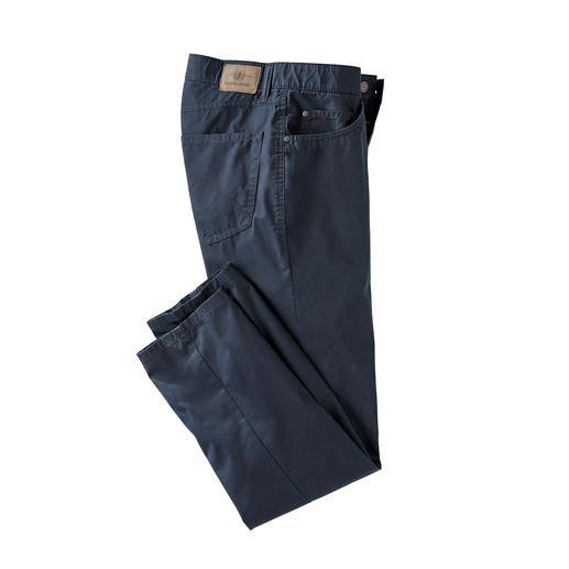 Coolmax® zomerse five-pocketsbroek Het draagcomfort van katoen. Het klimaatcomfort van Coolmax®.
