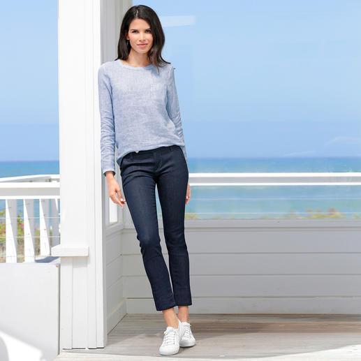 truenyc® blouseshirt of stretchjeans 'Raw Denim' - Tijdloos modern: de sportief-elegante stijl van het Italiaanse merk true nyc®.