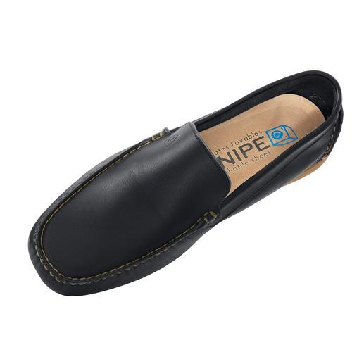 Wasbare leren Snipe®-instappers Schoenen poetsen? Dat doet vanaf nu uw wasmachine. Wasbare leren instappers van het Spaanse cultmerk Snipe®.