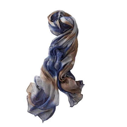 Pure zijde. Luxueus met de hand geverfd. Elke sjaal is uniek. Pure zijde. Luxueus met de hand geverfd. Elke sjaal is uniek. Veel mooier en luchtiger. Van Ancini, Italië.