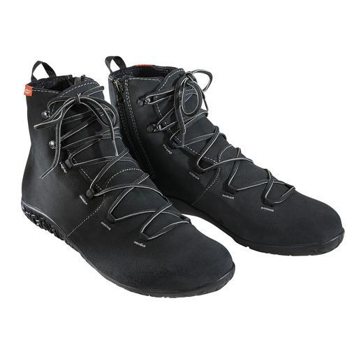 Waterdicht als een rubberlaars. Ademend als een leren schoen. Licht als een sneaker. Waterdicht als een rubberlaars. Ademend als een leren schoen. Licht als een sneaker. Van Lizard®.