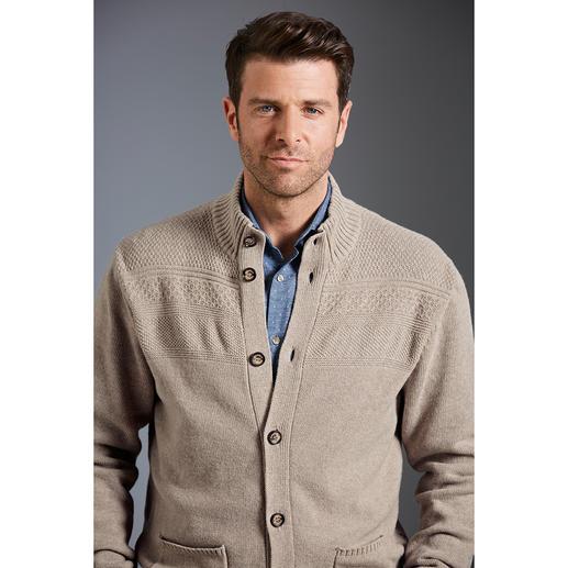 Maselli Stereo-System® vest Even comfortabel als altijd. Maar verrassend modern door het weglaten van opvallende patronen.