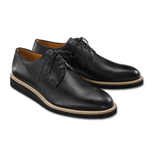 Net zo verzorgd als klassieke business-schoenen, maar comfortabeler, moderner en veelzijdiger. Net zo verzorgd als klassieke business-schoenen, maar comfortabeler, moderner en veelzijdiger.