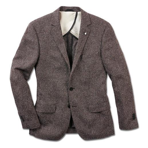 Lagerfeld colbert van zomertweed Tweed – nu als een lichte en luchtige zomerversie. Modieus licht dankzij zijde en katoen. Van Lagerfeld.