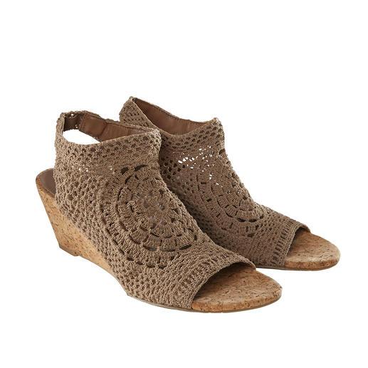 Nina Originals gehaakte schoenen met sleehak of platte hak Wereldwijd beperkt uitgebracht, in Europa nog heel exclusief: handgemaakte, gehaakte schoenen van Nina Originals, New York.