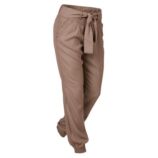 Tencel®-broek in joggpants-stijl De ideale vrijetijds- en vakantiebroek. Modieus joggpants-model. Zomers licht Tencel®-weefsel.