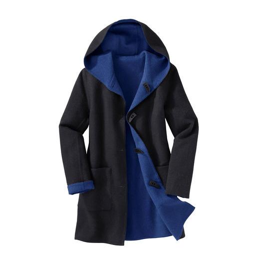 Alpaca Tweezijdige Duffelcoat De klassieke duffelcoat. Maar eigentijds zacht en licht. En zelfs aan twee kanten draagbaar.