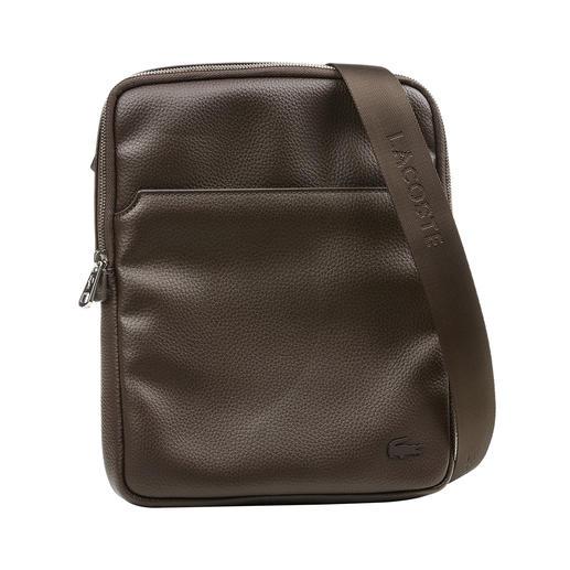 Bijzonder: kleine cross-body bag in trendy look. Van Lacoste, Frankrijk. Bijzonder: kleine cross-body bag in trendy look. Van Lacoste, Frankrijk.