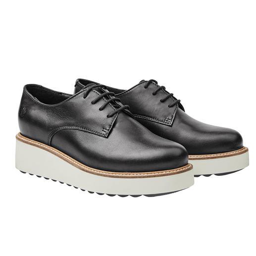 Klassieke derby-schoenen, gemoderniseerd door Apple of Eden. Klassieke derby-schoenen, gemoderniseerd door Apple of Eden. Topkwaliteit uit Portugal.