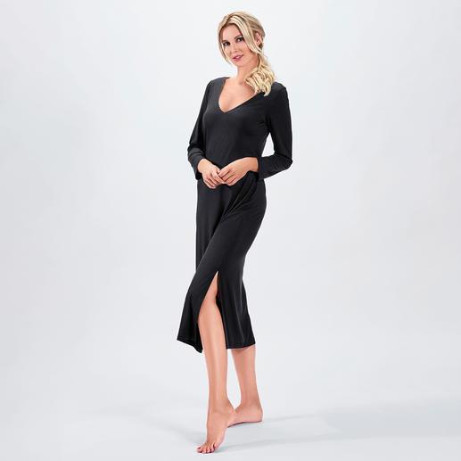 Bleyle couture-nachtjapon Uw meest elegante nachtjapon. Soepele, zeer elastische stof. Modieuze maxi lengte. Verleidelijke achterkant.