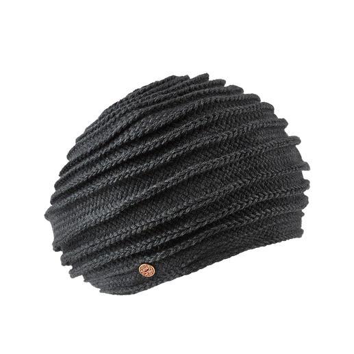 Galonbaret van Mayser - Aan elkaar gestikt gebreid galon met opvallend ribpatroon. Van Mayser, de Duitse hoedenmaker sinds 1800.